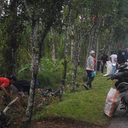 Resik Sampah Plastik Desa Pengotan