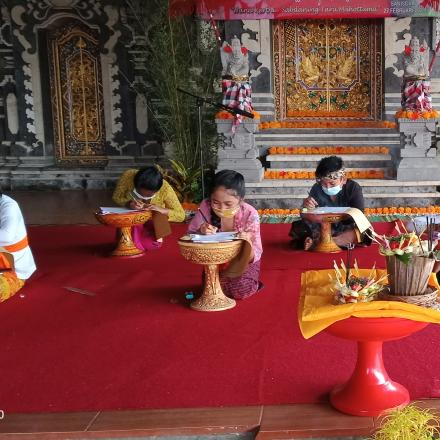 Pelaksanaan Bulan Bahasa Bali tahun 2021 Desa Pengotan Kec, Bangli