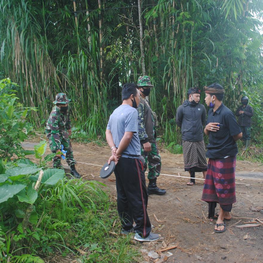 Pengukuran lokasi TMMD 112 desa pengotan